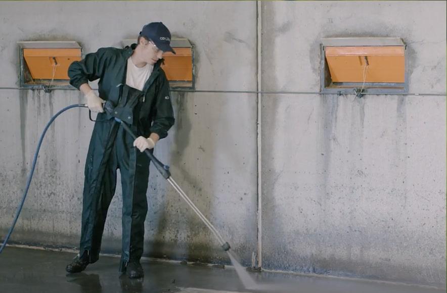 Čišćenje vodom i sredstvom za čišćenje Kenosan, usporedba, Animalis d.o.o.